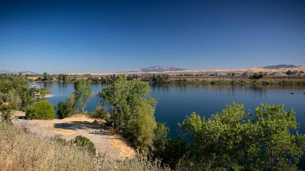 Shadow Cliffs Regional Recreation Area